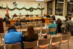 Commissioners study draft plan for Seattle dog parks